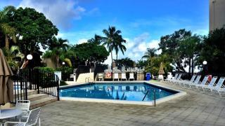 Moon Bay Key Largo pool area